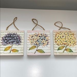 Home Interiors hanging plaques